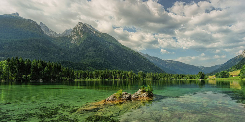 A beautiful lake with mountains